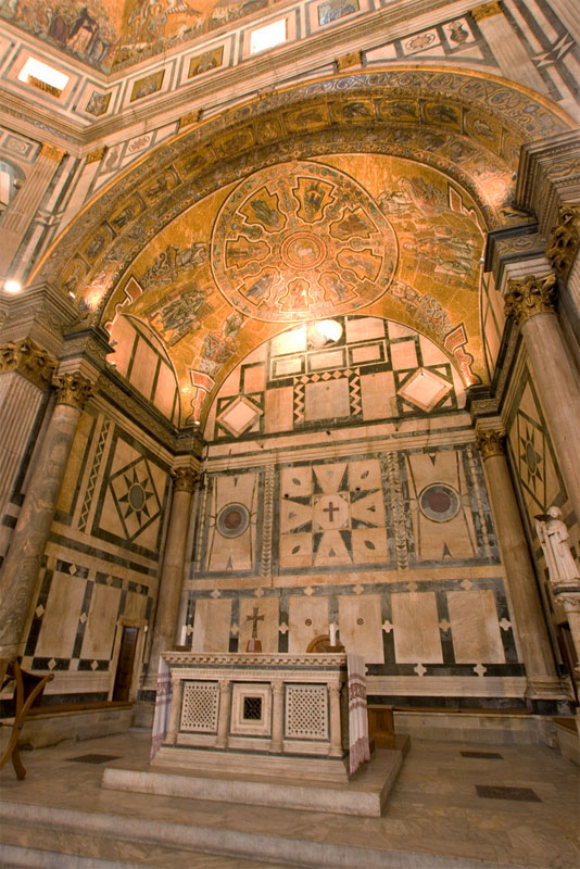 The apse & Baptistery of San Giovanni - Florence Pezcame.Com
