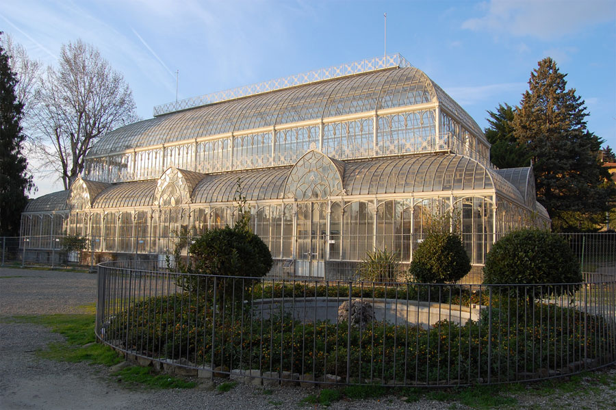 The Large Greenhouse