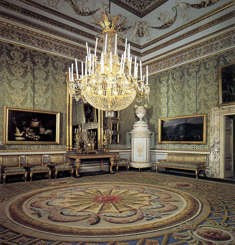 Monumental Apartments In Pitti Palace Florence