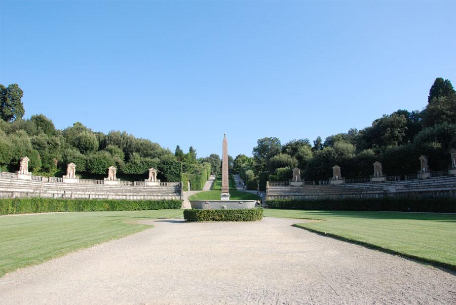 Boboli Garden - Florence on fairies gardens designs, french gardens designs, japanese gardens designs, english gardens designs, chinese gardens designs, mediterranean courtyard gardens designs, italian gardens designs,