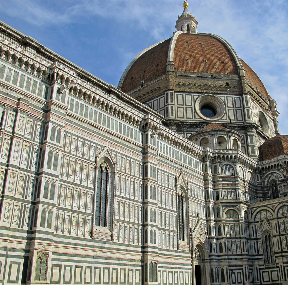 florence cathedral The cathedral of santa maria del fiore, also known as il duomo, serves as the  city's symbol and it is the most recognizable building in florence.